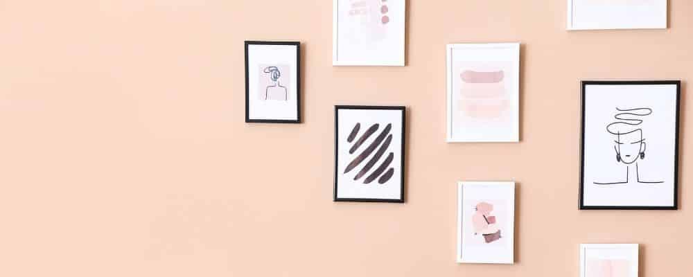Wie kann man Bilder aufhaengen ohne Nagel